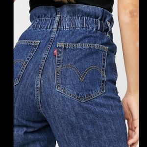 Levi's paperbag mom jeans high waisted tampered
